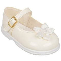 Girls Ivory Patent Star Flower Special Occasion Shoes