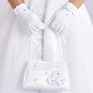 Girls White Flower Beaded Bag & Gloves Set - Evelyn & Naomi
