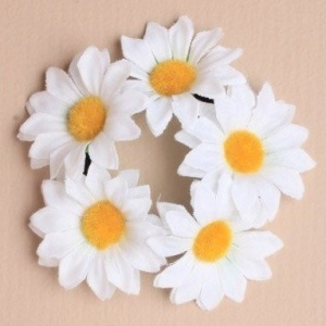 Girls Daisy Flower Bun Garland / Scrunchie