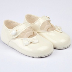 Baby Girls Ivory Side Bow Patent Pram Shoes