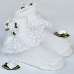 Girls White Lace Socks with Rosebud Cluster