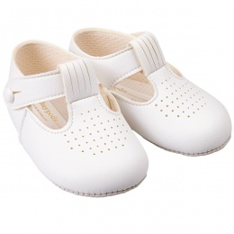 Baby Boys White Matt T-bar Pram Shoes 'Baypods'