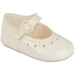 Baby Girls Ivory Patent Heart Baypods Pram Shoes